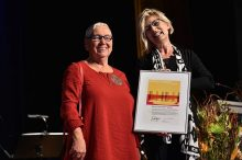 "Kulturpreis ""Goldiga Törgga"" an Berta Thurnherr-Spirig verliehen"