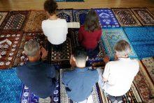 In der grössten muslimischen Glaubensgemeinschaft predigte erstmals eine Imanin