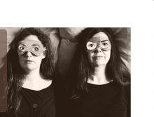 «Ich mach mich kaputt» Sprachakrobatisches Frauenduo in Zürich