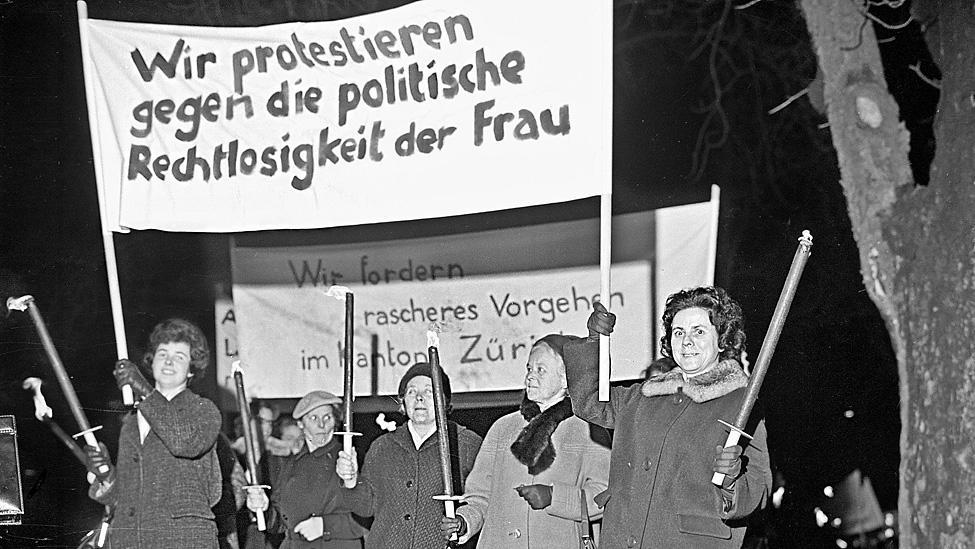 Die moderne Frauenrechtsbewegung lässt sich in drei Wellen unterteilen