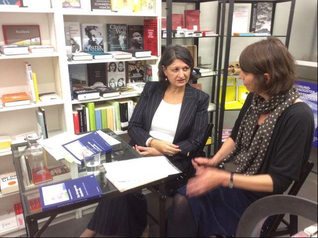 MatriArchiv: Das Versagen der Kleinfamilie – Lesung mit Mariam Irene Tazi-Preve – Gespräch mit Sibylle Stillhart