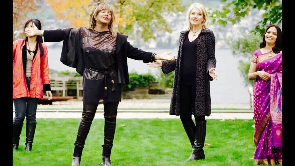 10 Jahre BEYOND mit Tina Turner, Dechen Shak-Dagsay und Regula Curti – Weihnachtsgeschenktipp: BEYOND Collector's Box