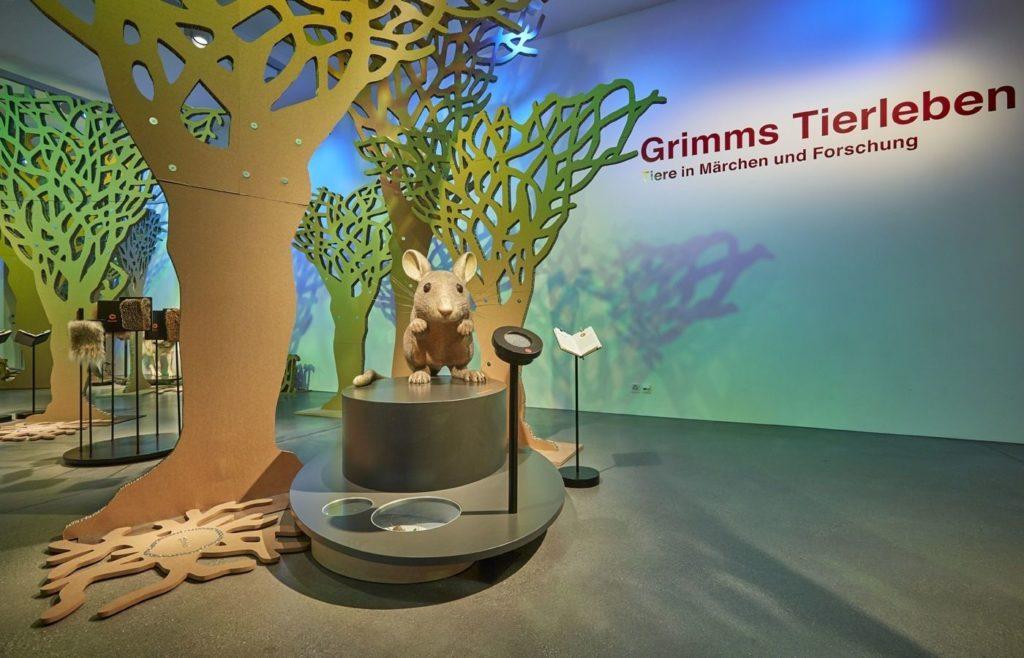 Mit dem Zauberstab durch «Grimms Tierleben» und staunend ins MärchenReich