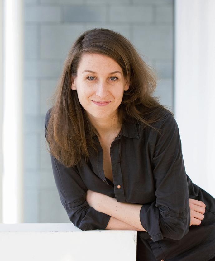 Es liegt eine tiefe Wahrheit im Nonsens – Gespräch mit der Opernregisseurin Tatjana Gürbaca