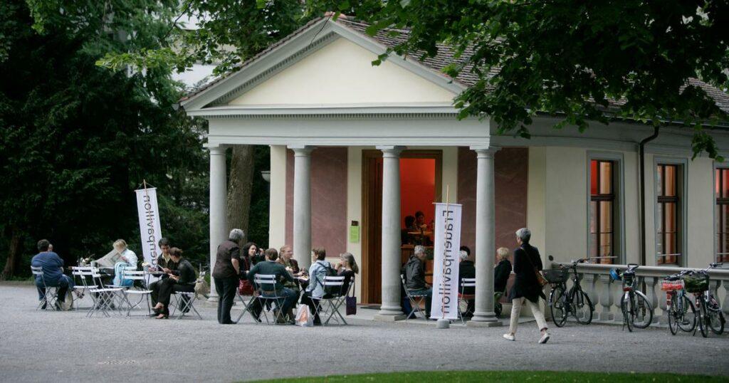 Frauenpavillon im Stadtpark: Wyborada, Erzählcafé, Sommerbar
