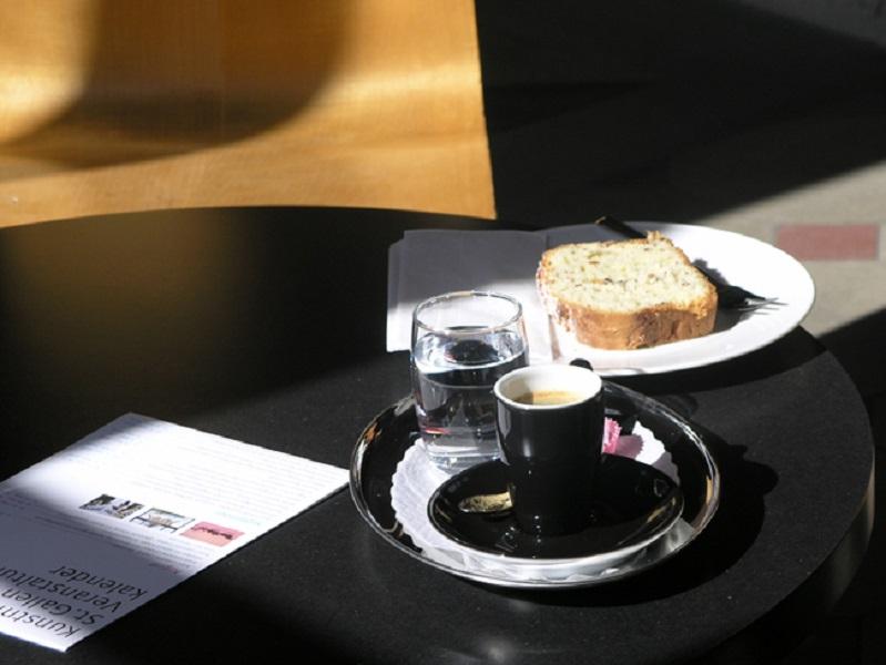 Kunst und Kaffee: Adrian Schiess
