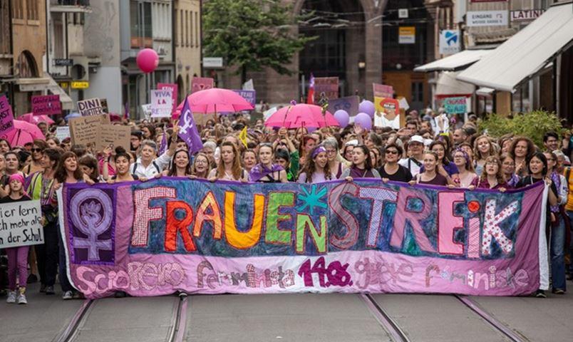Den Frauen*streik 2019 in Wort und Bild festhalten und ihn weiterleben lassen
