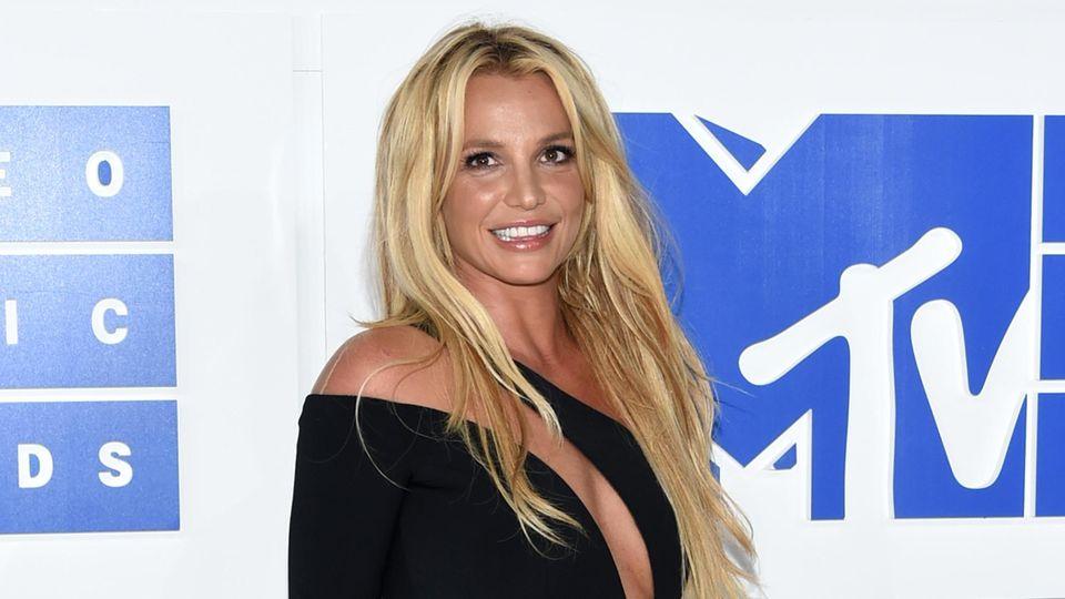 Britney Spears ist endlich ihren Vormund los – nach 13-jähriger Entmündigung und Versklavung